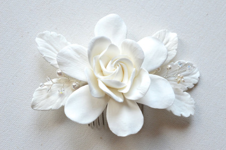 Rosalinda Hair Comb in White Gardenia with Pearls and Crystals. LARGE