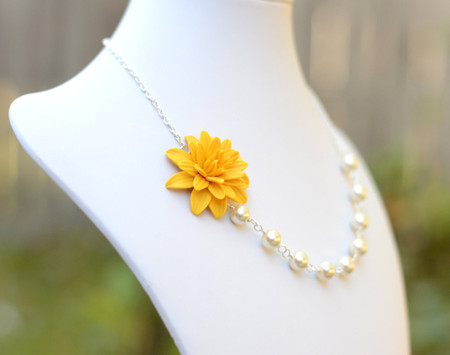 Leah Asymmetrical Necklace in Yellow Dahlia. FREE EARRINGS