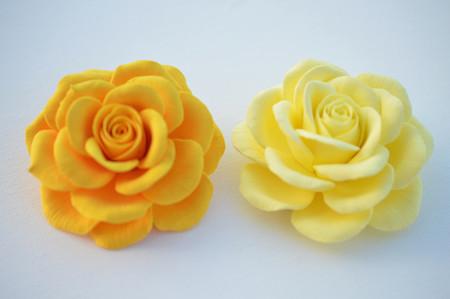 Caroline Hair Clip in Large Golden or Light Yellow Rose. Set Of 2