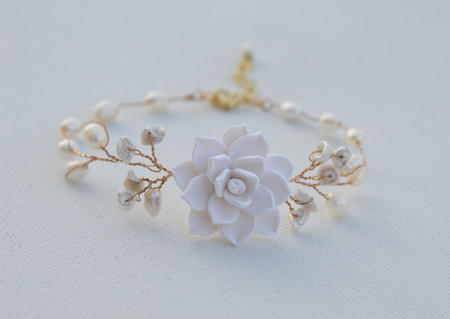Kelly Vine Bracelet in White Succulent