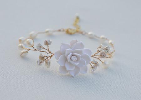 Kelly Vine Bracelet in White Succulent