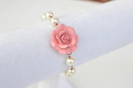 SALE Aaliyah Link Powdery Pink Bracelet in Rose