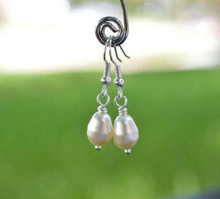 Simple Tear Drop Swarovski Pearls Earrings