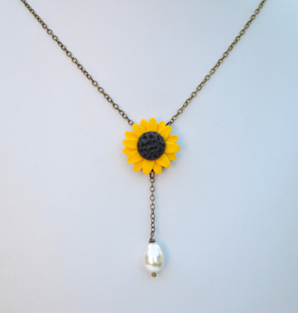 LUNA Y Drop Necklace in Golden Yellow Sunflower