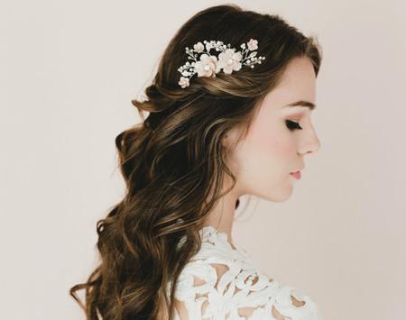 Megan Bridal Hair Comb in Nude/Beige Cherry Blossom/Sakura