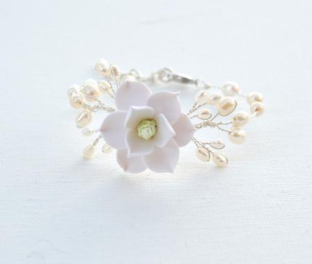 Kelly Vine Bracelet in White Magnolia