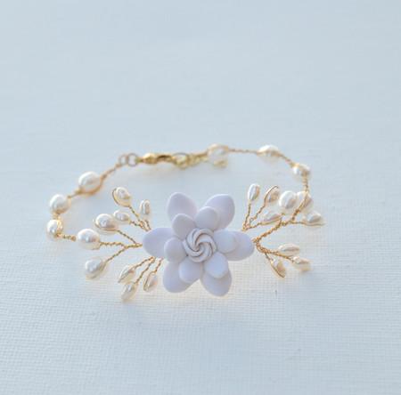 Kelly Vine Bracelet in White Gardenia