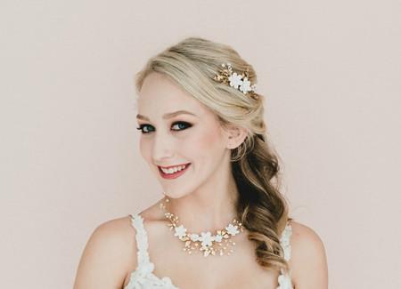 Kendra Bridal Vine Necklace in White Gardenia and Gold Leaves