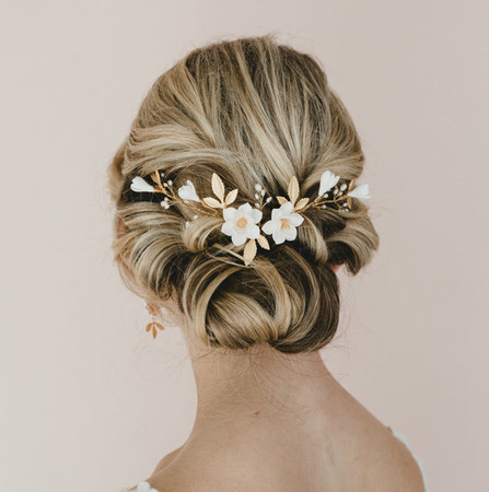 Nadia Bridal Hair Vine in White Magnolia and Gold Brass Leaves