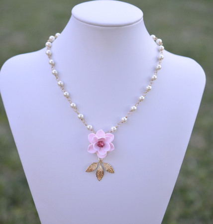 Kate Bridal Centered Necklace in Light Pink Magnolia with Metal Leaves