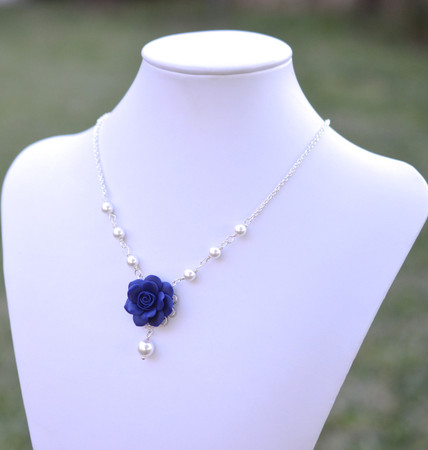 Hannah Centered Necklace in Navy Blue Rose and Pearls