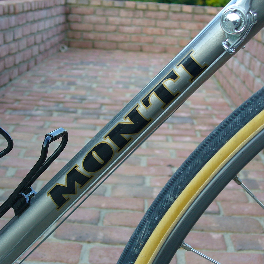 velocals-monti-downtube.jpg