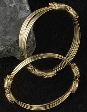 14k Gold Brumby Bracelet