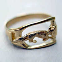 14k Gold Fox in Stirrup Ring