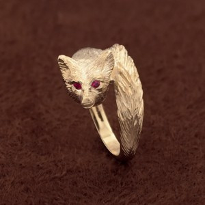 14k Gold Fox Ring with Ruby Eyes
