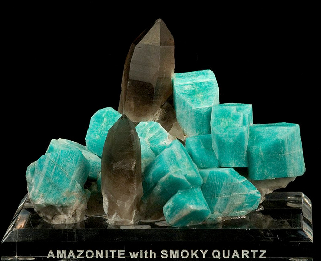 Raw amazonite and smoky quartz mineral specimen. Rob Lavinsky, iRocks.com – CC-BY-SA-3.0