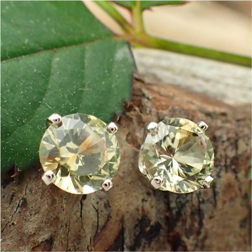 Montana Sapphire Stud Earrings, Bicolor,  Limited Edition