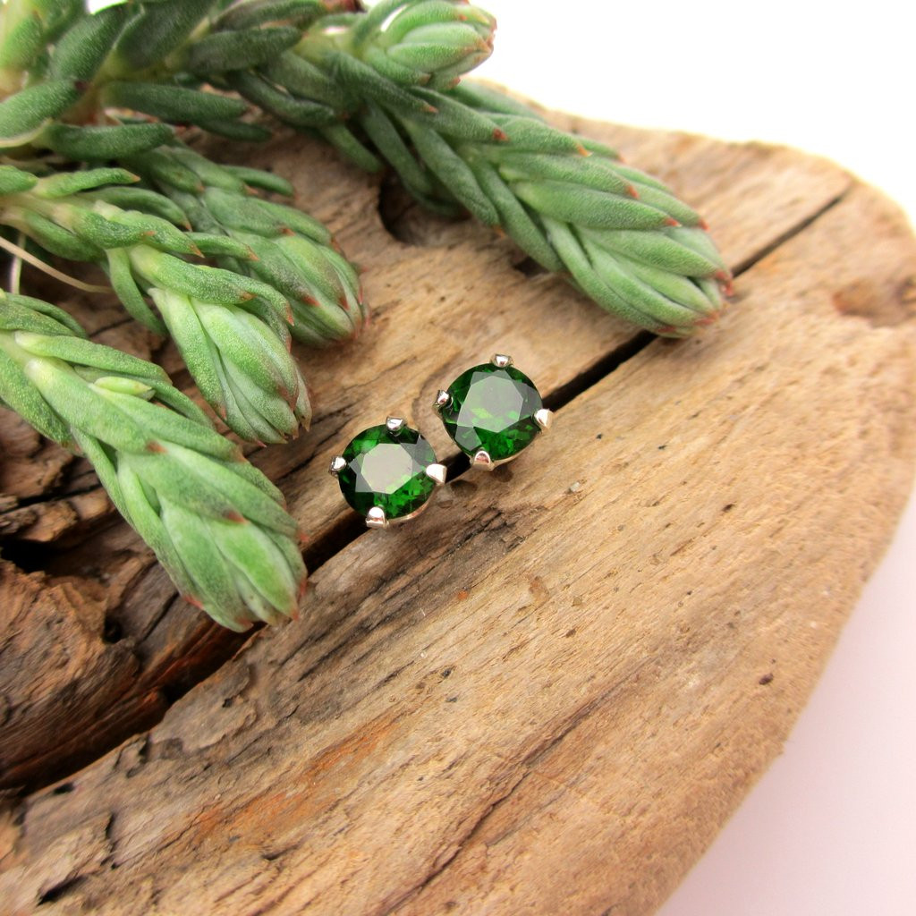 Chrome Diopside Gemstone Stud Earrings