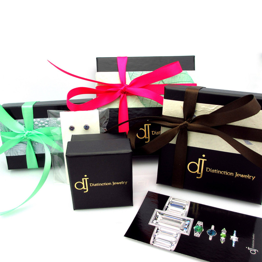 Distinction Jewelry gift boxing.