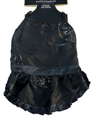 http://d3d71ba2asa5oz.cloudfront.net/33000706/images/blacksequindress82913amazon.jpg