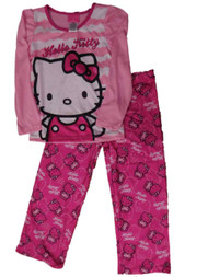 https://d3d71ba2asa5oz.cloudfront.net/33000706/images/2hellokittyjammies.jpg
