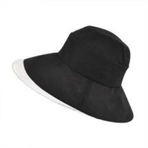 Betmar Delphinium Hat in black