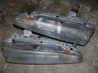 Headlight set for 1gB 92-94 DSM