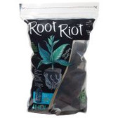 Root Riot supports an uprising of strong, productive, healthy plants! Root Riot cubes are composed of micronutrients and beneficial fungi, both of which combine to give young plants the best start possible. Bag of 100 cubes.