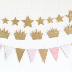 Princess Pennant Garland