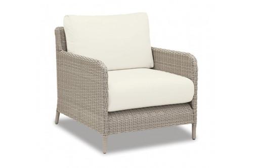 Great Manhattan Club Chair