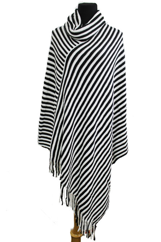 Call It A Day Poncho: Black/White