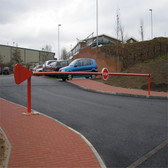 MB370 MANUAL ARM BARRIER (3.0m - 7.0m)