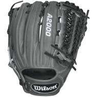 Wilson A2000 D33 Fielding Glove 11.75 Right Handed Throw A20RB16D33 Baseball Glove