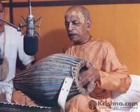 "Srila Prabhupada Photo, Playing Mrdanga at Studio, 5""x7"""
