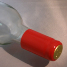 Red PVC Shrink Capsules