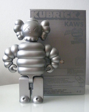 KUBRICK MAD HECTIC 400% BY KAWS