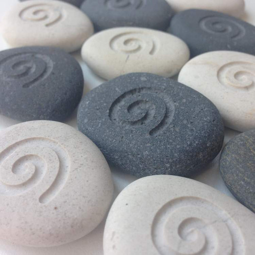 (Picture shown with: Cream and Gray Stones and No Fill)