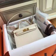 Hermès White Kelly Mini II Epsom Gold Hardware