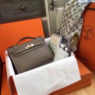 Hermès 18 Etoup Mini Kelly Pochette Epsom leather Gold hardware