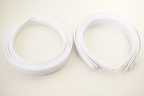 "1"" White Plastic Hair Headbands for Girls  - Pack of 72"