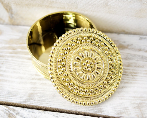 "2.5"" Gold Round Carved Plastic Favor Box - Pack of 12"