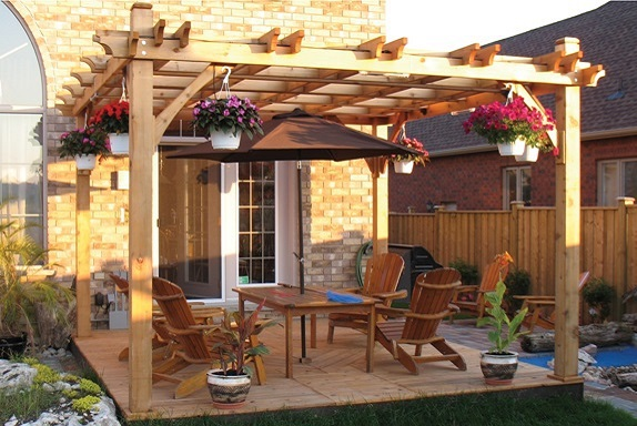 The Difference Between Fiberglass, Wood, And Vinyl Pergolas