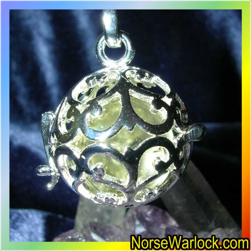 Paranormal Psychic Portal Pendant! Past Present & Future Visions! locket