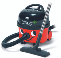 Henry Vacuum Cleaner in Red
