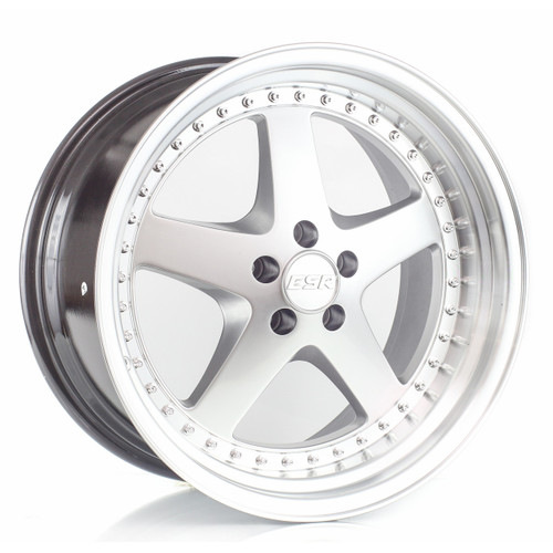 ESR SR04 wheel in machined silver