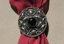 Scarf tie slide round with black stone