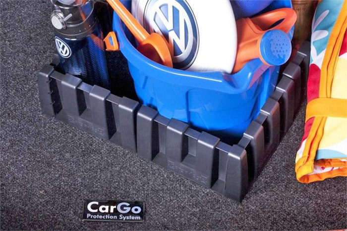Vw Jetta Cargo Mat with Organizing Blocks (F039)