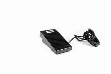 "The KP-5000 Foot Control pedal adapts to the MANIPro KP-5000 Control Box with the range of 0-30,000 RPMs. The 6"" cord connects to the outlet on the back of the Electric File and automatically detects the Foot Control pedal and overrides the variable speed dial.     Compatible with the following E-File Machine Control Boxes:  MANIPro KP-5000"