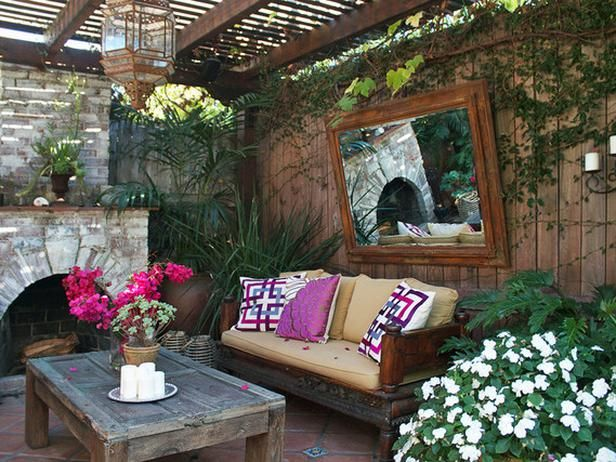 How To Create An Outdoor Oasis