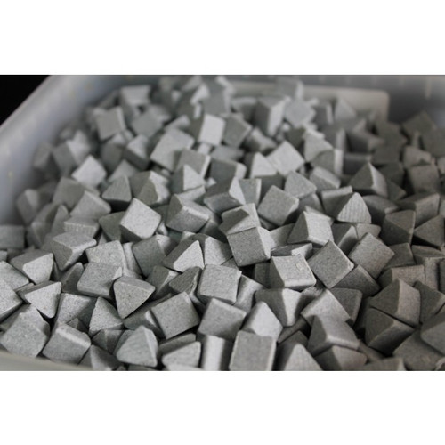 Ceramic Triangles (1kg) - Motor Parts Vibratory Tumbler Media